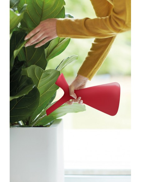 plunge watering can
